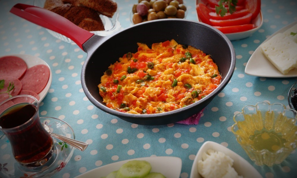 menemen or turkish scrambled eggs recipe