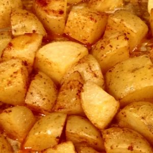Read more about the article Classic Spicy Roasted Potatoes