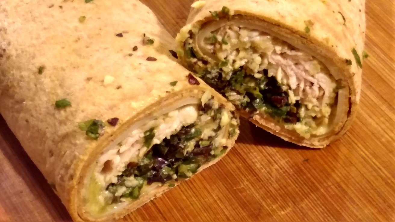 Spinach tuna sandwich wraps