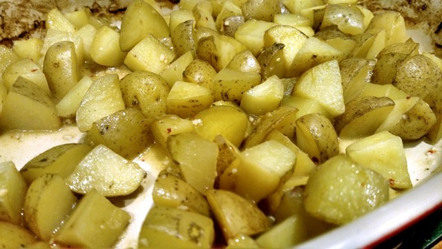 Garlic roasted potatoes fresh the oven.
